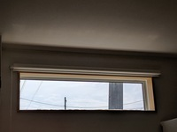 三協アルミ アルミサッシ マディオについて 現在、スリムFIX横の窓のところ(画...  三協アルミ アルミサッシ マディオについて 現在、スリムFIX横の窓のところ(画像参照)を、同サイズのスリム押出横    ht...