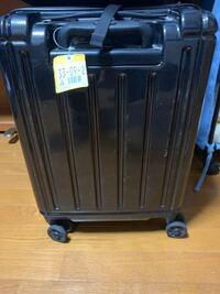 東京から大阪に飛行機で行くんですけど この大きさのキャリーケースってどうすればいいんですか?