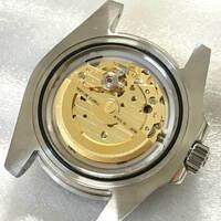 ミヨタの機械式ムーブメントにハック機能が付いた物はありますか?  本日、ミヨタ8215搭載と書かれたノーロゴの腕時計が届いたのですが、ハック機能が付いていたので「あれ? 」と思いちょっと気になっております。  ムーブメントは写真の物ですが私にはよく分からないので、時計に詳しい方これはどんなムーブメントなのか教えて下さい。   ※ローターには「TWENTY-ONE 21JEWEL...