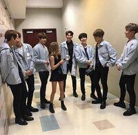 BTS 防弾少年団と一緒に写っている女性は誰ですか?