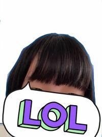 美容院で髪の毛ガタガタにされました。 昨日いつもと違う美容院に行きました。 後ろ髪を余裕を持って結べるように、前髪は長さをあまり変えないで整えてください、とお願いしました。 しかし後ろ髪はめちゃくちゃ...