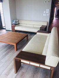 このソファー何処メーカーか分かる人いますか?