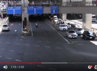 青信号なのに、発進しない行為は違反ではないのでしょうか?  https://www.youtube.com/watch?v=zSRNeWMDooY