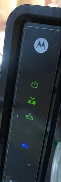 Wi-Fiマークは表示されてつながっているのですがネット検索などできませんし、実質繋がっていないのですが、2つ目のランプが点滅したり、3つ目のランプが点滅したり、3つ目のランプが点灯していない時もありますが 、それは何か関係があるのですか?