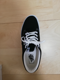 この靴ロングノーズなのでしょうか?