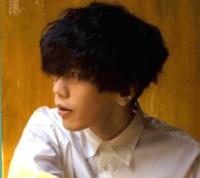 最近良く見かける米津玄師みたいな髪型はなんて名前なんですか?