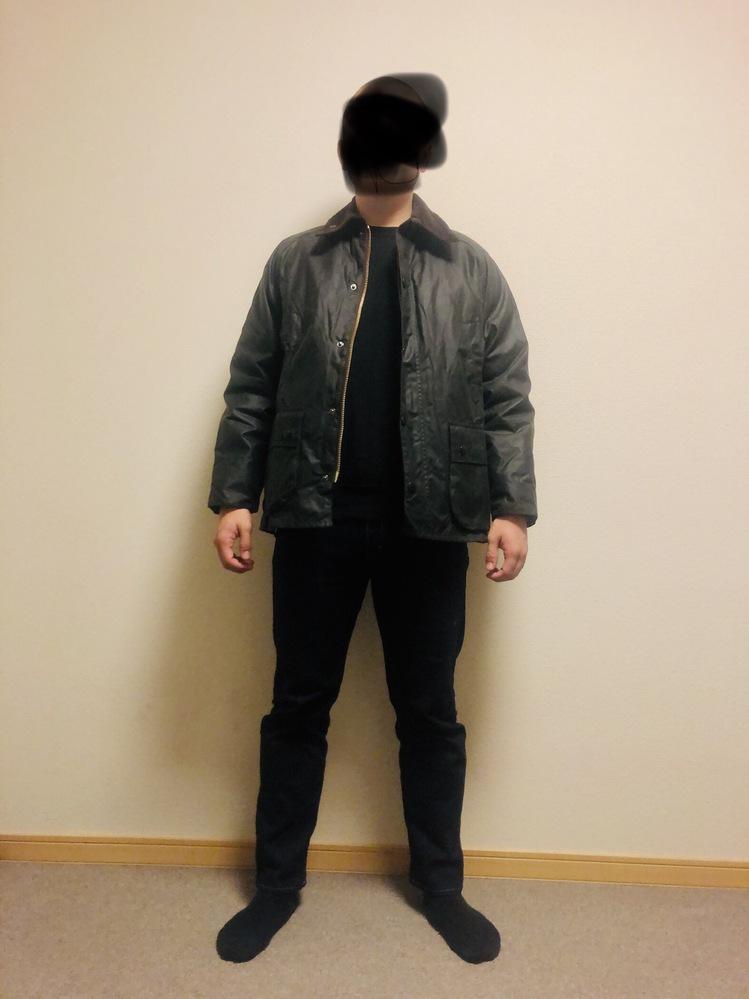 バブアーのサイズ感について。 前日バブアーのビデイル40(SLでない)を購入しました。 試着し...
