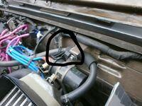 ja11 Vのエンジンルーム内にあるこれって何ですか? パーツ名と役割(?)が分かる方いましたら 教えていただきたいです。