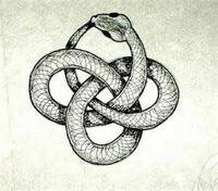 このイラストのような輪を四つ作る紐の結び方はありますか?その結び方の名前を教えてください。 (イラストは蛇なのでこの形に結ぶ結び方です。)  カテゴリは「紐」ということで適当に決めました。間違っていた...