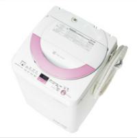 洗濯機について質問です。 ES-GE60Nという機種の洗濯機は 2013年辺りの製品でしょうか?  どのサイトのどこを見たら 西暦何年製造だと分かりますか?