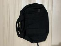 ポーターのバッグなのですが、このバッグのシリーズ名がお分かりの方がいらっしゃいましたら教えてください。 柔らかい厚めの生地のバッグです。