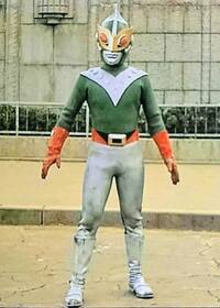 サンダーマスクとアイアンキングではどちらが好きでしたか?アイアンキングは弱いのでサンダーマスク。手塚治虫の漫画は史上最強のプレゼントでした。