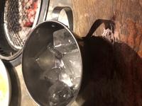 焼肉屋で水と一緒に持ってこられた、この氷は何につかうんですか?