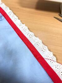 ミシンの縫い目について。 上糸下糸の調整しても、何度やり直しても縫い目が緩む部分がでてきます。 直線縫ができません。 助けてください。
