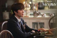 韓国ドラマSKYキャッスルの公式サイト?からのこの写真を沢山みたいのですが、ホームページあったらURL欲しいです、、