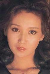 昭和の女優や歌手たちは今の芸能人とは比べ物にならないくらい美しかったですね? 特にあべ静江さんは身震いするほどの絶世の美女でしたよね?  美女の尺度が今と昔(昭和)とでは違うのでしょうか?