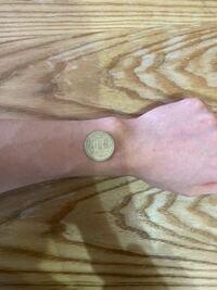 腕時計の文字盤サイズは36mmか40mmのどっちがいいと思いますか??手首の幅は6cmです。