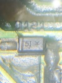 チップダイオードのパッケージ表示についてです。5I(大文字のi)とパッケージに表示されいます。このダイオードのデータシートなどわかる方いましたら、ご教示願います。