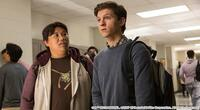 スパイダーマン_ホームカミング、ファーフロムホームに関して。 ピーターパーカーなどが行ってる大学はなんて言う名前ですか? とても気になります。
