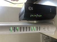 ソフトバンク光 wifiについて。 昨日からWi-Fiが全く繋がらず、設定画面のネットワークにSSIDすら表示されなくなりました。 再起動、再接続など何度も試しましたがだめでした。サポート窓口 に電話しても繋がら...