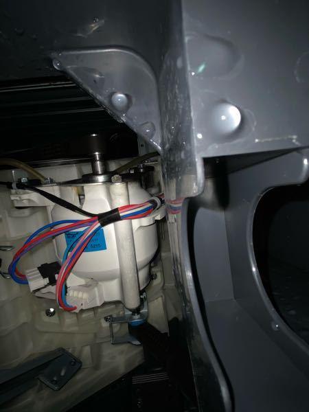 ドラム式洗濯機の水漏れはどこから? パナソニックのドラム式洗濯機、NAVX3500を使用してい...