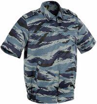 ロシアのOMON部隊の本物半袖BDUの上下と、ワッペンを買いました。 私としては、ブルー迷彩は涼しげで夏ファッションに良いかなと思って買いましたが、着用して歩いたら罰則有ったり、職質受けたりしますか? 確か...