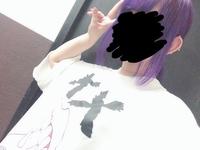今髪色がエンシェールズのショッキングパープルで色を入れて、明るめの紫なのですが、この上から、エンシェールズのサファイアブルーを被せるとどんな色になるんでしょうか?  ちなみに紫の前 はほぼ白に近いシ...