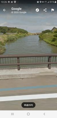 あと数十メートルくらいで海に出る川ですが、海に近い川って汚いのですか? 小鮎釣りとかは出来ますか?