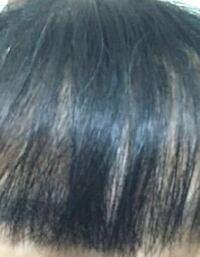 前髪のうねりとパサパサが気になります。潤いのサラサラ髪になりたいです。どうしたらいいでしょうか ( ;ᯅ; )