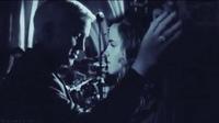 ハリーポッターについてです。 マルフォイとハーマイオニーのキスシーンってありましたっけ?? マルフォイとハーマイオニーが主に載っている動画でキスしていて映画などから抜き出したもので すか?合成ですか?