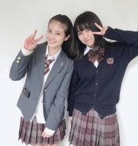 今田美桜 3年A組 3A 女優 モデル  画像の今田美桜さんの隣にいる方はどなたですか? 良ければ教えてください<(_ _)>