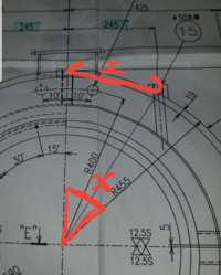 この図面の赤線の寸法、角度の求め方アホでもわかるように、わかりやすくお願いします(・´д`・)