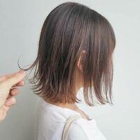 髪の量が多い人でも画像のような薄めの切りっぱなしボブは出来ますか?