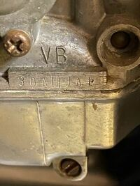 cb250t ホークですが、これは後期型キャブでしょうか?キャブリペアキット購入するのにわかりません。
