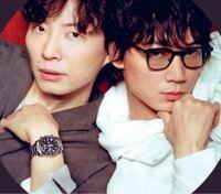 この星野源さんと綾野剛さんのツーショットってどこがもとの写真ですか?MIU404の写真だと思うのですが…