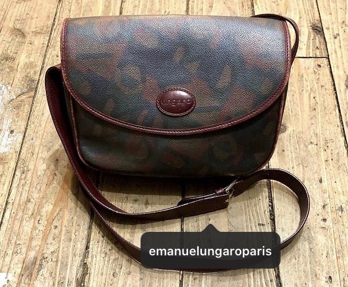 このウンガロのバッグはいつ頃売られ始めたものが知りたいです。 よろしくお願いします ♀️