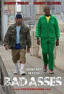 バッドアスという映画で主人公が履いていたナイキのスニーカーは何かわかりますか?