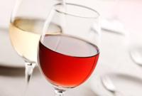 赤ワインと白ワインどちらが好きですか?