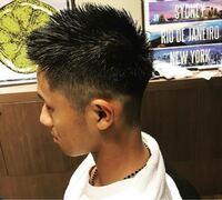 髪型の質問です。 自分は今坊主が結構伸びた髪型なんで、明日髪を切るんですがこの画像のような髪型にしたいです。校則が結構厳しいのですが、これでもツーブロックになってしまいますか?