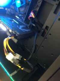 GTX1660からRTX2070 Superにグラボを 取り替えたのですがピンなどをしっかり刺してもPLEASE POWER DOWN AND CONNECT THE PCle POWER CABLE(S) FOR THIS GRAPHICS CARDと出てきます。電源の問題ですか?