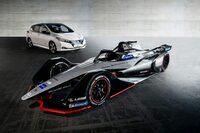 なぜトヨタとホンダはフォーミラーeに参戦しないのですか。 ・・・・・・・・・・・・・・・・・・・・ これからは電気自動車の時代だと聞きましたが。 モータースポーツも電気自動車の時代だと聞きましたが。 ...