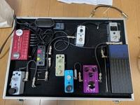 エレキギターのエフェクターの接続順番を教えてください。  ボリュームペダル 歪み系 ピッチシフター リバーブ  ディレイ ノイズゲート 以上となります。 宜しくお願い致します!
