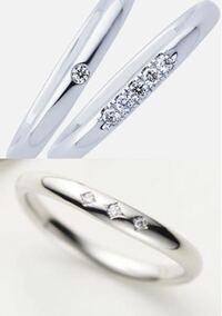 結婚指輪について 結婚指輪を選ぶなら右の多石タイプ、左の1石タイプ、下の3石タイプならどれがおすすめですか? また、ティファニーやカルティエのような国外ブランドとジュエリー専門の国内ブランドではどちら...