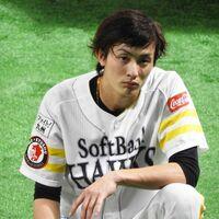 プロ野球選手(ソフトバンク)の周東佑京選手はどうして盗塁がうまいのですか?教えてください。