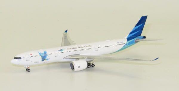 100枚です Garuda Indonesia A330-900neo PK-GHE (1:400) By Phoenix 1:400 Scale Diecast Aircraft 日本語訳=ガ...
