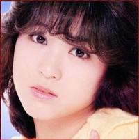 松田聖子の「チェリーブラッサム」と中森明菜の「ミ アモーレ」  とでは、どちらが好きですか??  https://www.youtube.com/watch?v=ihhBT5XqJW8