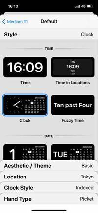 ウィジェットスミスというアプリについてです。 カレンダーや時計のウィジェットをいれる為にこのアプリをダウンロードしたのですが、色を変えることが出来ず、黒しか選べません。 ですが、他の方の説明を見ていると色を変えることが出来ています。他の方には出てきている色を変える選択肢がまず出てきません。何故でしょうか? iPhone12です。