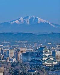 下の写真のように御嶽山をバックに名古屋城を撮りたいです。至難の業ですか?