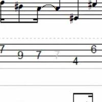ベースのtab譜なんですけどこの薄い色の7ってどうやって音出すんですか??