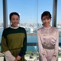浅田真央さんと女子アナの三田友梨佳さん(残念ですが既婚者です)、どちらが美人だと思いますか? 正解は「どちらも美人」ですが、あえて二択でお願いいたします。   ※とても難しい選択ですが、私でしたら浅田真...